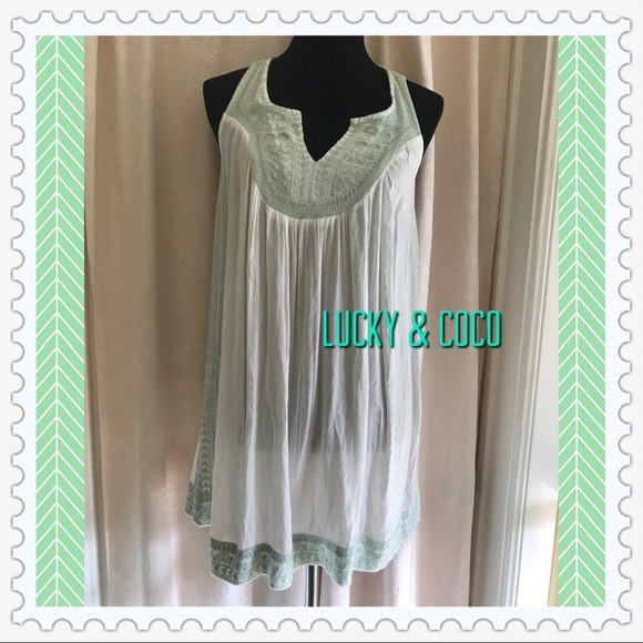 lucky & coco Other - NWT TUNIC COVERUP💋💋💋
